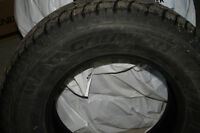 4 NEW ALL SEASON WILD COUNTRY TIRES 265/70 R 17