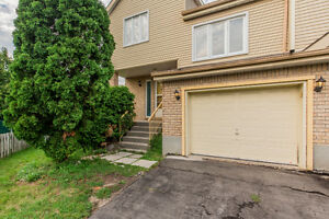 Pierrefonds Starter Home Close to Train and Amenities