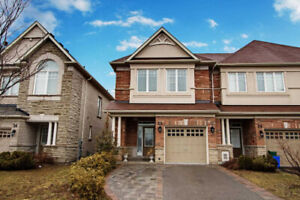3 Bedroom End-Unit Townhome in Vaughan