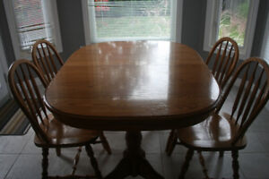 Bogdon & Gross Ash Double pedestal oval table and 6 chairs
