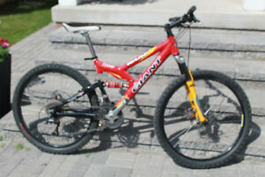 Giant Full  Suspension Mountain Bike, clip in pedals