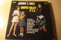 Jeannie C Riley Harper Valley PTA lp Classic Collectible