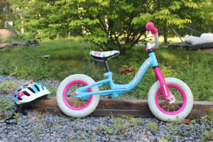 "10"" Nakamura Run Balance Bike & Toddler Helmet"
