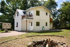 OPEN HOUSE Sun 2 TO 4 -- 3 BED/2 BATH NORWOOD HOME ON 2.43 acr Peterborough Peterborough Area image 1