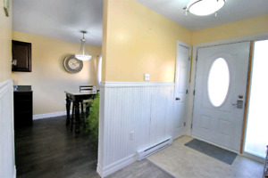 To Rent - 2 Story, 3 Bedroom Condo in Cole Harbour