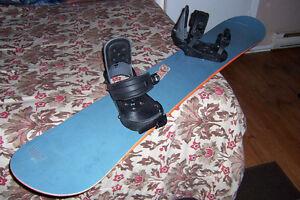 "160cm/63"" Adult Size Snowboard T&C Yin-Yang on Bottom"