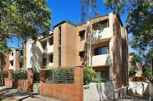 One Bed room Unit -Short Term Accommodation Homebush West Strathfield Area Preview