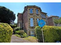 3 bedroom flat in Julian Road, Sneyd Park, Bristol, BS9 1JZ