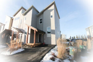 Move-in ready newer 2 bed, 2 bath townhouse.
