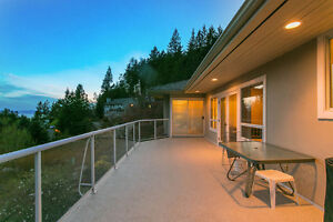 Avail. Immed. Beautiful Family Home in West Vancouver, $4500 North Shore Greater Vancouver Area image 3