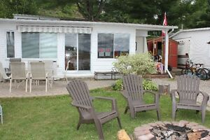 Park Model trailer cottage for rent - Lac Simon waterfront wdock