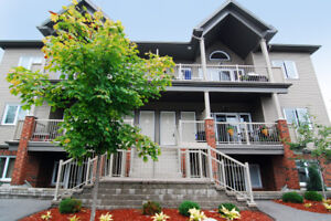 Stunning 2 Bedroom, 2 Bathroom Condo top level in Findlay Creek