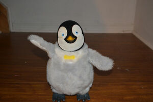"TAP DANCING MUMBLE Happy Feet Animated Talking 10"" Penguin"