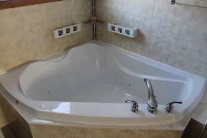 54X60 whirtpool bath tub