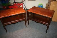 2 Tables d'appoint antiques en merisier