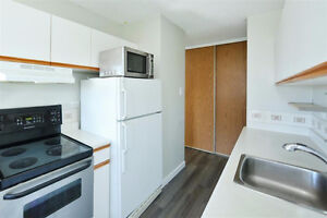 Oliver - Very Clean 1Bed + Den in the Heart of Downtown!