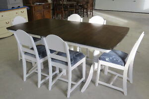 Shabby Chic Dining Table with Six Chairs