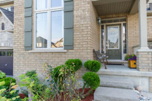 Beautiful 4+1 bedroom house in Doon South, Kitchener