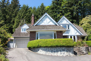 West Vancouver 4 Bed + 2 Bath Spacious Private House for Rent!