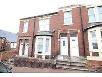 3 bedroom flat in Faraday Grove, Gateshead, NE8
