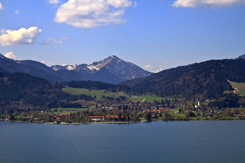 Wandern, Baden, Bootstouren, Ballonfahrten. Der Tegernsee bietet für jeden etwas. (Bild: Thinkstock via The Digitale)