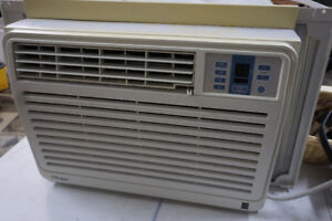Air Conditioner in Great Working Condition