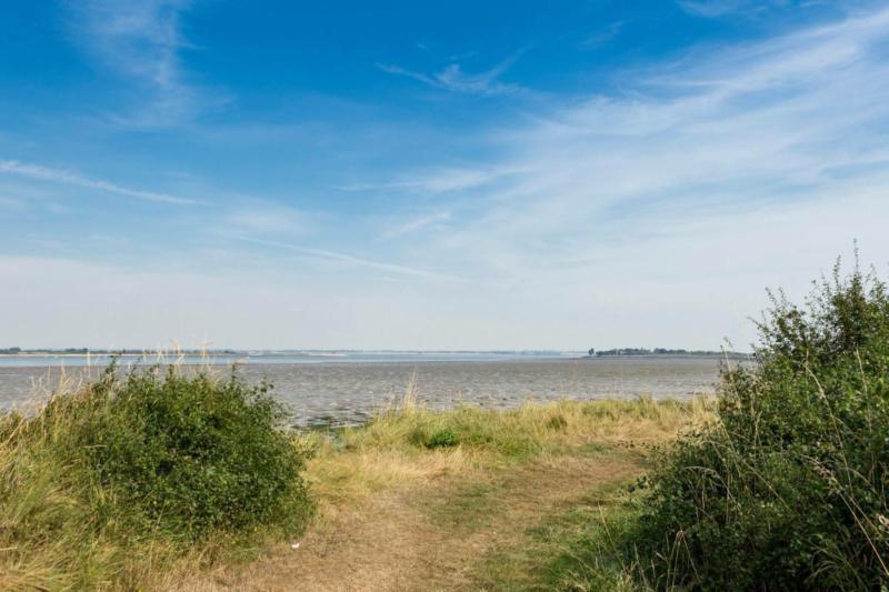 CHEAP FIRST CARAVAN, Steeple Bay, Clacton, Southend, Essex, London, Kent