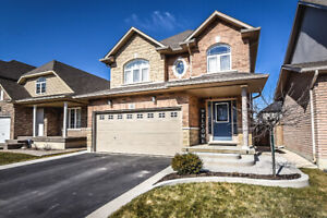 BEAUTIFUL 3 BEDROOM DETACHED HOME STONEY CREEK