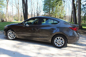 2015 MAZDA 3  GS low low  kms  $17500.00