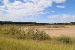 39.75 ACRES - MINUTES FROM SMOKY LAKE