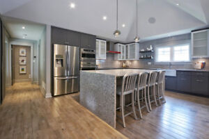 REAL ESTATE & COMMERCIAL PHOTOGRAPHY SERVICE