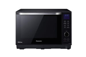 Like New Panasonic NN-DS58HB 3 in 1 Steam Combination Oven