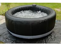 Hot Tub Brand New 2017 premium model built in pump heater etc and controls Head rests drinks holder