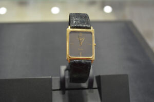 VINTAGE SOLID GOLD LONGINES WATCH