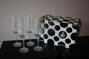 Brand New 4 Wine flute glasses - PRICE REDUCED