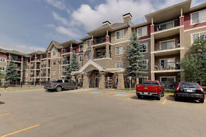 UPGRADED & IMMACULATE 2 BED 2 BATH CONDO IN BLACIKMUD CREEK!