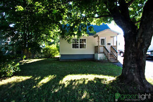 3 bedroom home in great location in moncton Close to the YMCA