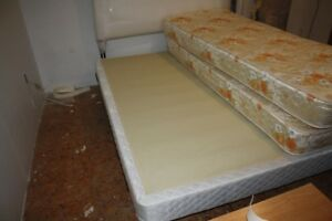 Queen sized box spring, as new