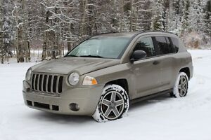 Snow is here! 2008 Jeep Compass 4X4 SUV - Great deal!
