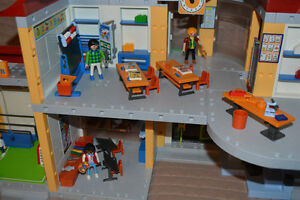 Playmobil School, Gym & Crossing Guard Kingston Kingston Area image 5