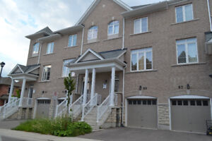 4 bedroom house- Richmond Hill - oct 1st