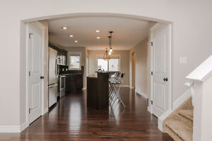 BEAUTIFUL 3 BED 2.5 BATH SHERWOOD PARK HOME AVAILABLE NOW!
