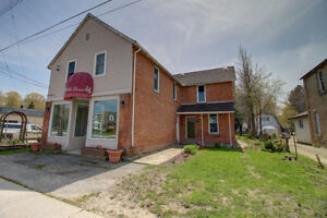 Main Street Exposure! Commercial/ Residential Opportunity!
