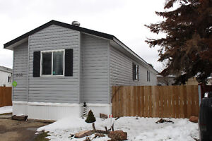 Mobile home for sale in Edmonton