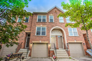 3 BEDROOM CONDO TOWNHOUSE FOR LEASE IN BEAUTIFUL AURORA!