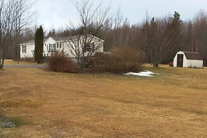 Great home between Wallace and Wentworth, Nova Scotia