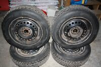 4 winter tires on rims - 195/R65 R15 - Hankook i-Pike Roc1
