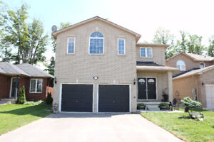 OPEN HOUSE SAT 2-4PM -Hot Property in Innisfil- 4+1 Beds&4 Baths