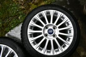 Ford fiesta Titanium 16' alloys