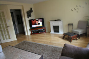2 BDR available NOV 1st - Appliances INCLUDED downtown HULL
